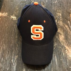 Syracuse men's hat size M/L